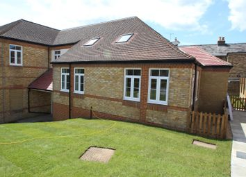 Thumbnail 1 bed flat to rent in Collett Road, Ware
