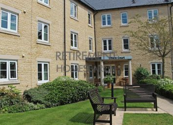 Thumbnail 1 bed flat for sale in Otters Court, Witney
