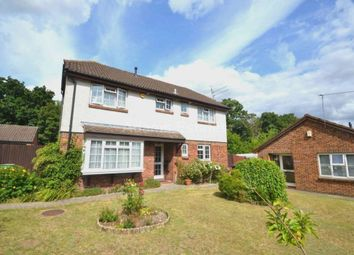 Thumbnail 4 bed detached house to rent in Simons Close, Tilehurst, Reading