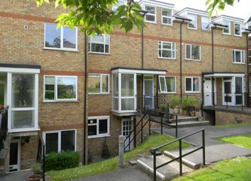 Thumbnail 2 bed flat to rent in Lincoln Court, Berkhamsted