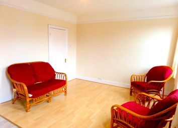 Thumbnail 3 bedroom flat to rent in Montague Road, Hounslow