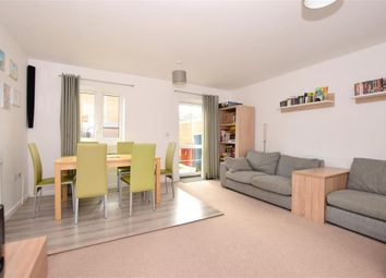 3 bed town house for sale in Samuel Peto Way, Willesborough, Ashford, Kent TN24