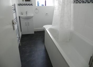 Thumbnail 3 bed flat to rent in Balham Hill, Clapham