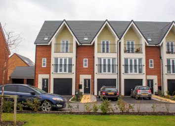 5 bed town house for sale in Maplebeck Drive, Southport PR8