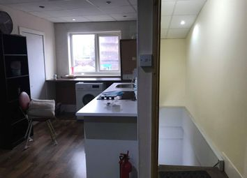 Thumbnail 3 bed flat to rent in Gosford St, Coventry