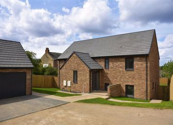 5 bed detached house for sale in Harbidges Lane, Long Buckby, Northampton NN6