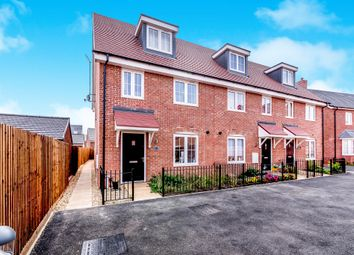 Thumbnail 3 bedroom town house for sale in Darwin Croft, Flitwick, Bedford