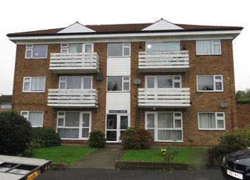 2 bed flat for sale in Fairview Drive, Chigwell, Essex IG7