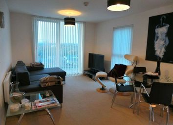 2 bed flat to rent in Stillwater Drive, Manchester M11