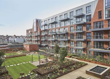 Thumbnail 3 bed flat for sale in Streatham Hill, London