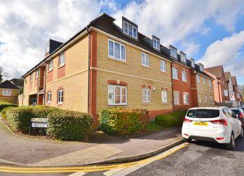Thumbnail 1 bed flat for sale in Wellsfield, Bushey