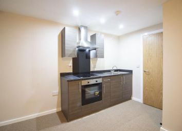 2 bed flat to rent in Albert House, 1 Park Road, Halifax HX1