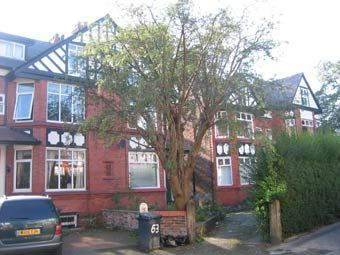 2 bed flat to rent in Bamford Road, Didsbury, Manchester M20
