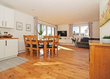 Thumbnail Flat for sale in Lincoln House, Kidbrooke Village