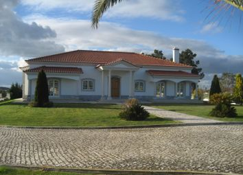 Thumbnail 4 bed finca for sale in Rua Dona Leonor De Avelar, 37, 2120-192 Foros De Salvaterra, 2120-192, Portugal