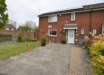 4 bed semi-detached house to rent in Oldbury Close, Manchester M40