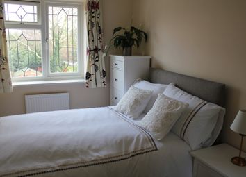 Thumbnail Room to rent in Wychwood Close, Sunbury-On-Thames, Middlesex
