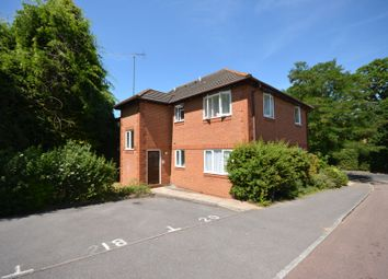 Thumbnail 1 bed flat to rent in Broome Court, Bracknell