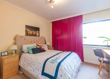 Thumbnail 1 bed flat for sale in Upper Thames Street, Blackfriars, London