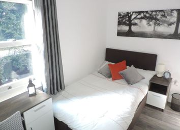 Thumbnail Room to rent in Rm 5, Broadway, Peterborough