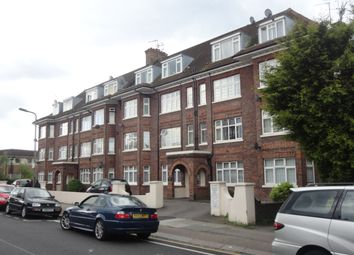 Thumbnail 3 bed flat to rent in Wykeham Road, Hendon