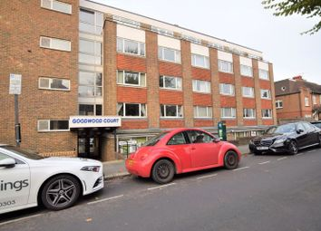 1 bed flat to rent in Cromwell Road, Hove BN3