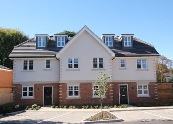 Thumbnail 1 bed flat for sale in Rectory Road, Farnborough