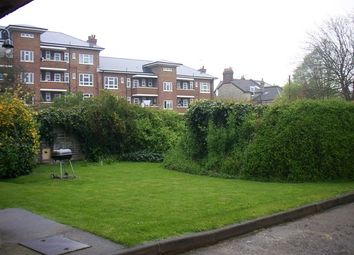Thumbnail 2 bed flat to rent in Trinity Road, London