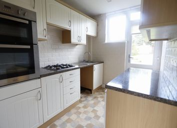 3 bed property to rent in Meadway, Grays RM17