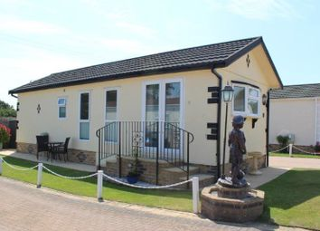 Thumbnail 1 bed mobile/park home for sale in Yew Tree Park, Peterstow, Ross-On-Wye