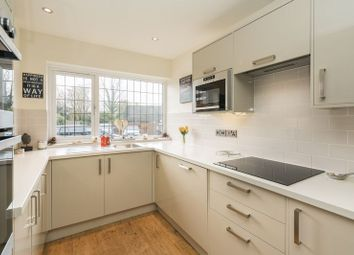 Thumbnail 3 bed terraced house for sale in Solesbridge Close, Chorleywood