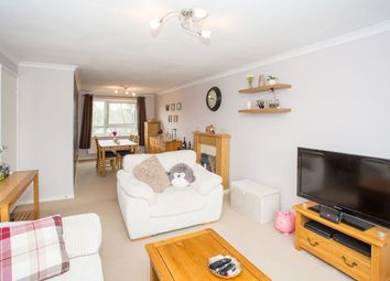 Thumbnail 2 bed flat for sale in Hewitt Close, Wheathampstead, St. Albans