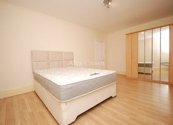 Thumbnail 5 bedroom terraced house to rent in Clarendon Gardens, Cranbrook, Ilford