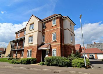 5 bed end terrace house for sale in Herschel Green, Biggleswade SG18