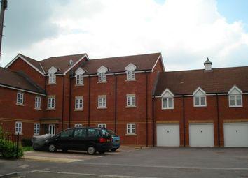 Thumbnail 2 bedroom flat to rent in Cherry Close, Newbury