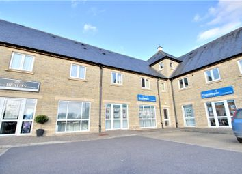 Thumbnail 2 bed flat to rent in Kingfisher Court, Northfield Farm Lane, Witney, Oxfordshire