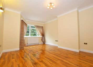Thumbnail 2 bed flat to rent in Great West Road, Hounslow