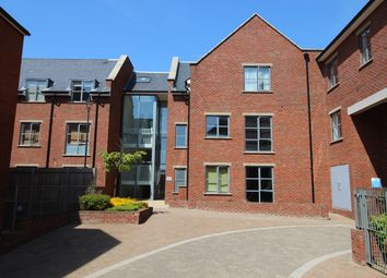 Thumbnail 2 bed flat to rent in Coopers Yard, Paynes Park, Hitchin