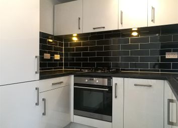 Thumbnail 1 bed flat to rent in Pinecliffe Avenue, Southbourne, Bournemouth