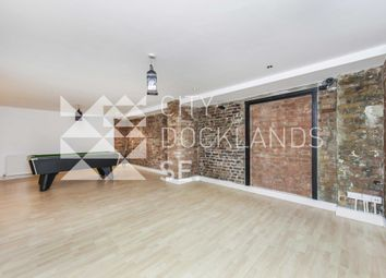 Thumbnail 3 bed flat to rent in Fairclough Street, Aldgate