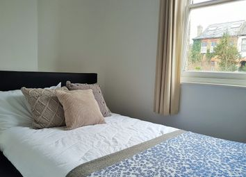 Thumbnail Room to rent in Avondale Road, Reading