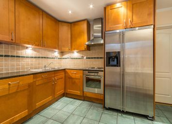 Thumbnail 4 bedroom flat to rent in Albion Street, Bayswater