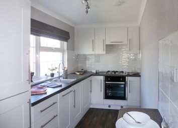 Thumbnail 1 bed mobile/park home for sale in Bayworth Park, Bayworth, Abingdon