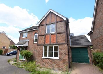 Acorn Close, Kingsnorth, Ashford, Kent TN23. 3 bed detached house
