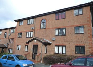 Thumbnail Studio to rent in Winston Close, Greenhithe