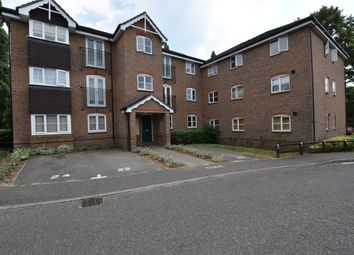 Thumbnail 2 bed flat to rent in Bryony Close, Loughton