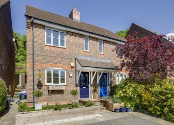 Forelands Way, Chesham, Buckinghamshire HP5. 2 bed semi-detached house