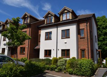 Thumbnail 4 bed town house to rent in The Spinney, High Wycombe