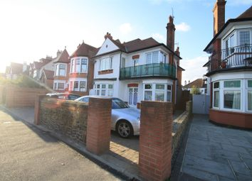 Thumbnail 2 bedroom flat to rent in Leigh Road, Leigh-On-Sea