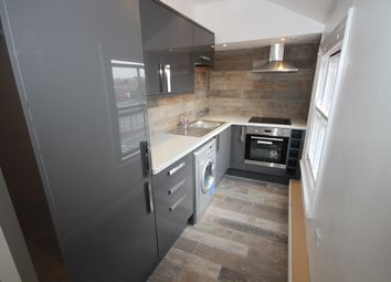 Thumbnail 1 bedroom flat to rent in Commercial Street, Rothwell, Leeds